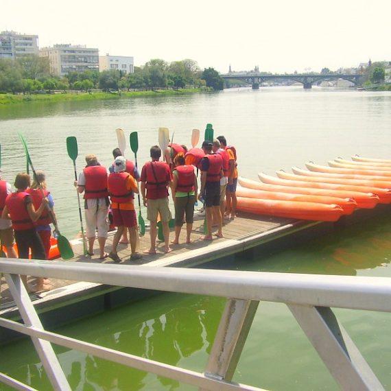 Kayak team building seville